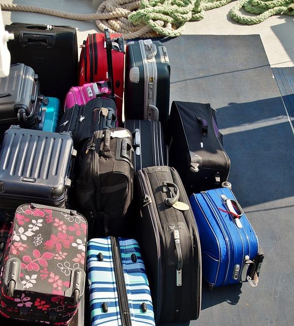 bags-818934_640
